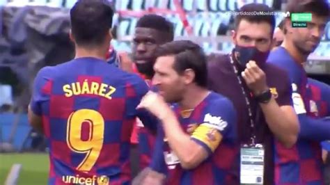 Lionel Messi Completely Ignores Barcelona Assistant During ...