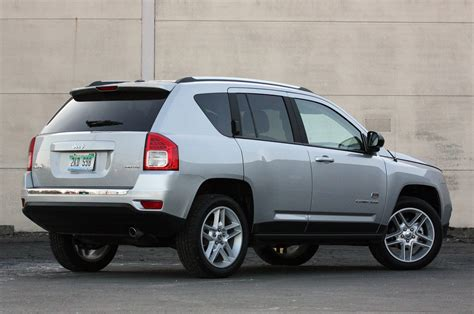 Review Jeep Compass by 2011 Jeep Compass Review Photo Gallery Autoblog