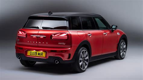lets  wince   mini clubmans  tail lights