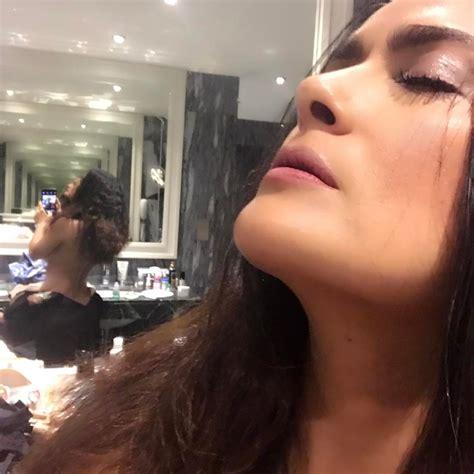 Salma Hayek Sexy Photos GIF TheFappening