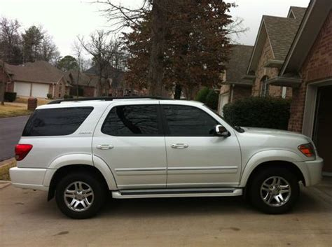 sell used 2007 toyota sequoia limited blizzard white