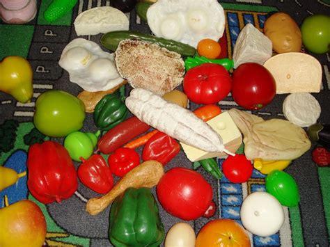 騅iers de cuisine rangement du coin cuisine ecole maternelle classe des moyens