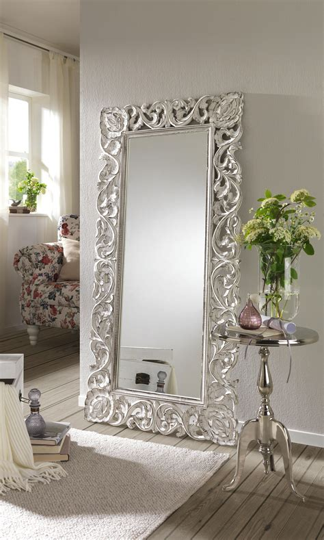 Das Ankleidezimmer Moderne Wohnideenankleideraum In Weiss by Ein Spiegel F 252 R Jedes Wohnambiente Ob Romantisch Oder