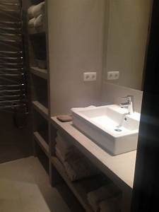 plan de travail et meuble de douche en betoncire salle With meuble salle de bain direct portugal