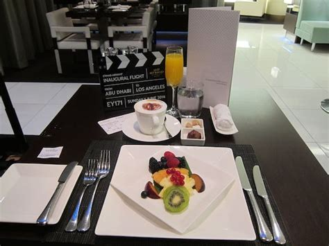review etihad airways  class lounge abu dhabi