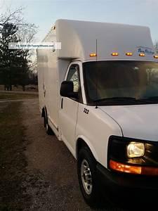 2013 Gmc Savana 3500 Box Truck