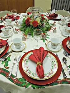 Christmas Decorations & place settings 041