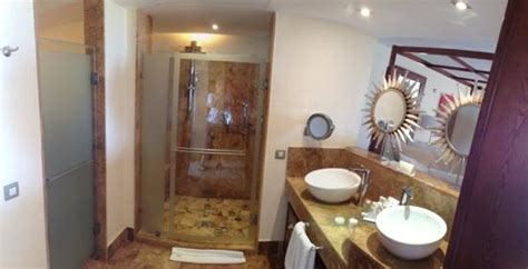 marble bathroom picture  excellence playa mujeres