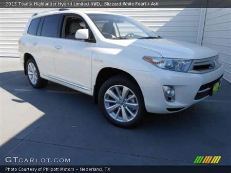 Get 2013 Toyota Highlander Hybrid 4Wd  Pictures