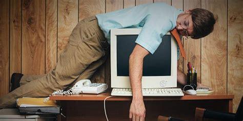 au bureau la la sieste au bureau tediber