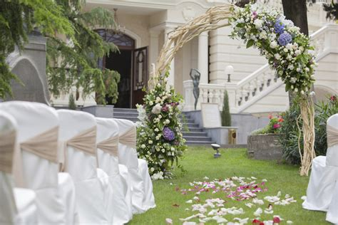 garden decoration articles wedding ceremony hire articles easy weddings