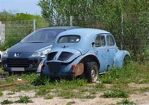 4cv Renault 1949 A Vendre : car lot find renault 4cv ran when parked ~ Medecine-chirurgie-esthetiques.com Avis de Voitures