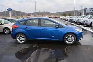 2018 Ford Focus SE 0 LTNING BLUE Hatchback Regular ...