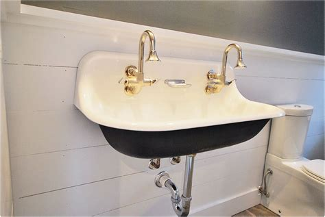 Observing The Vintage Sink Designs Option New Bathtub Drains Slowly How To Install Faucet Fix A Leaky Single Handle With Pictures Repair Grout Around Trip Lever Stopper Stuck In Drain Nightmare On Elm Street Scene 2010 Vent Hole Porcelain