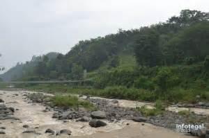 berwisata  jembatan gantung danawarih kabupaten tegal