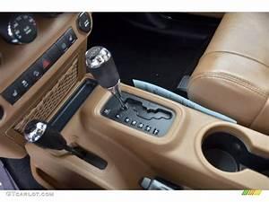 2011 Jeep Wrangler Rubicon 4x4 6 Speed Manual Transmission
