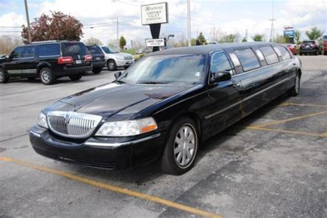 Find used LIMO LIMOUSINE LINCOLN TOWN CAR FORD BLACK 2004