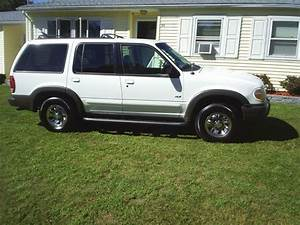 Find Used 2000 Ford Explorer Xls Sport Utility 4
