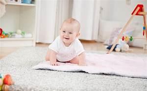 Wann Lernen Babys Sitzen : laufen lernen wann lernt mein baby laufen babyplaces ~ Watch28wear.com Haus und Dekorationen