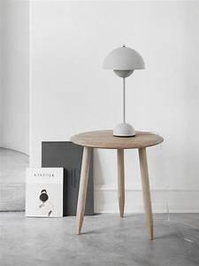 Beistelltisch Eiche Geölt : runder beistelltisch hoof table sw1 von tradition ~ Buech-reservation.com Haus und Dekorationen