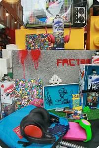 La Boutique Insolite : factory design shop la boutique d 39 id es cadeaux et d 39 objets insolites du vieux lille le street ~ Melissatoandfro.com Idées de Décoration