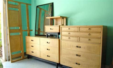 beautiful and rare bedroom set by american of martinsville