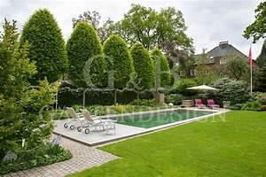Privatgarten mit schwimmteich hamburg gempp gartendesign for Garten planen mit pflanzkübel holzoptik