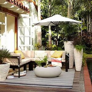 50 idees deco pour amenager une terrasse originale With balkon teppich mit wall and deco tapeten kaufen