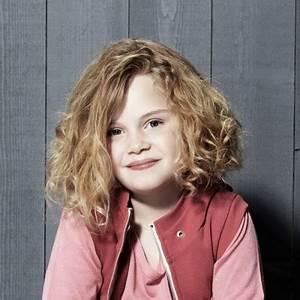 Coupe Petite Fille Mi Long : coupe de cheveux fille 10 ans ~ Melissatoandfro.com Idées de Décoration