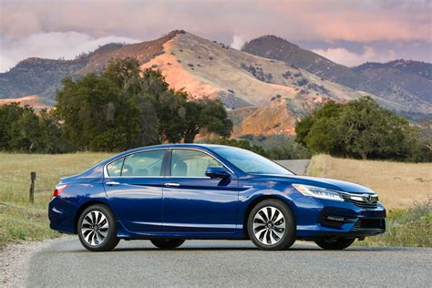 Refreshed 2017 Honda Accord Hybrid Starts At ,440