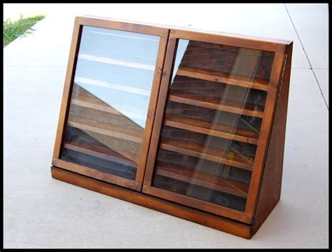 Free Wooden Display Case Plans Diy Mold Removal Attic 12v Solar Trickle Charger Best Cloth Diaper Detergent Computer Table Plans Cheap Decorative Pillows Outdoor Theater Screen Teardrop Trailer Kits Clay Bread Oven
