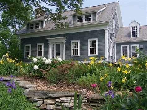 Charming Farmhouse by Londonderry Farmhouse Rental Charming Londonderry