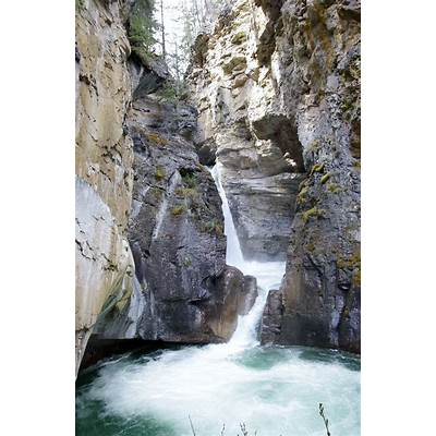 Beautiful Johnston Canyon and your Perfect Alberta Canada