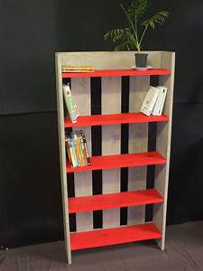 étagère En Palette : wooden pallet shelf biblioth que etag re en bois de ~ Dallasstarsshop.com Idées de Décoration