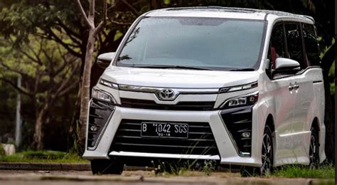 Gambar Mobil Toyota Voxy by Review Voxy Mobil Toyota Paling Fleksibel Ini Panduan
