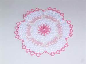 Nappe Rose Pale : napperon rose blanc rose p le en coton crochet shabby ~ Teatrodelosmanantiales.com Idées de Décoration