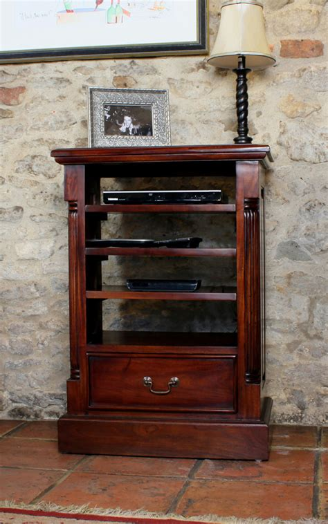Mahogany Home Entertainment Cabinet Was £39500 Now £314