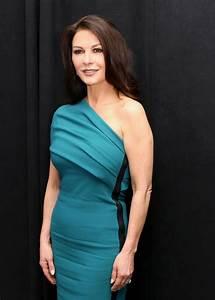 Catherine Zeta-Jones Attends 'Feud' Press Conference in ...