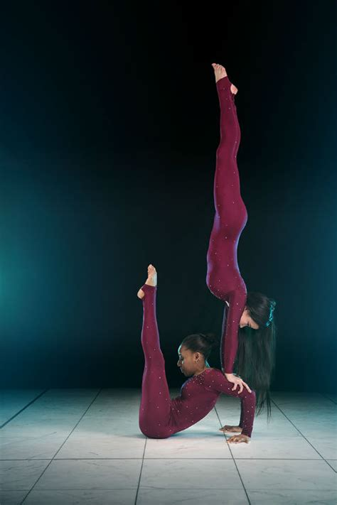 booking agent  pixie duo contortion acrobatic duo