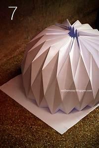 Origami Lampe Anleitung : origami papier laterne daraus l sst sich gewiss eine lichterkette machen anleitung diy ~ Watch28wear.com Haus und Dekorationen