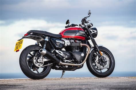 Review Triumph Speed by 2019 Triumph Speed Review 15 Fast Facts