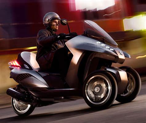 Peugeot Hybrid3 Evolution Unveiled At Eicma 2009