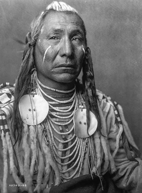 historical vintage sioux  photo  pixabay