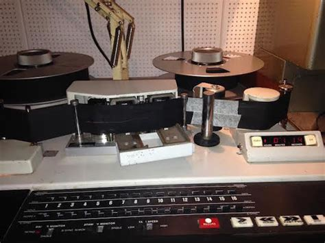 cuisine equip馥 studio how an indian restaurant transforms into a recording studio londonist