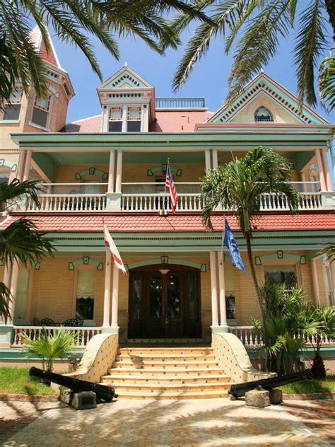 Key Weststyle Homes  Hgtv