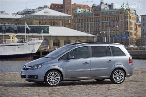 Opel Zafira Review by Opel Zafira 16 Photos News Reviews Specs Car Listings