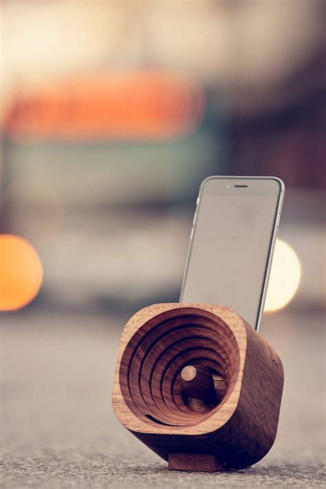 design hardwood products trobla wooden amplifier for smartphones