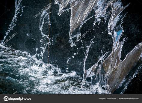 Wasser An Der Wand by Hintergrund Mit Flie 223 Endem Wasser Ein Element Eines