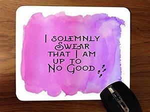 I Am Accessoires : i solemnly swear that i am up to no good quote pink background design print image artwork ~ Eleganceandgraceweddings.com Haus und Dekorationen