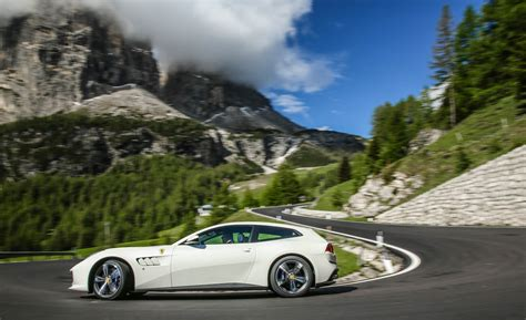 Gtc4lusso Photo by 2017 Gtc4lusso Gallery Photo 18 Of 52